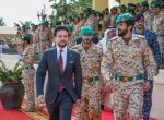 ولي العهد يزور قيادة الحرس الملكي البحريني ويشارك في تطبيق تمرين لمكافحة الإرهاب