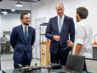 الأمير الحسين يصطحب الأمير ويليام في زيارة لمؤسسة ولي العهد