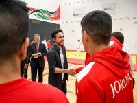 نائب الملك يزور مركز الإعداد الأولمبي ويطلع على الخطط والبرامج التي يقدمها