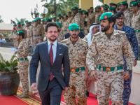 Crown Prince visits Bahrain Royal Guard Command, participates in counterterrorism drill