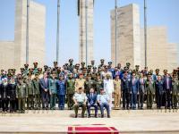 مندوباً عن الملك، ولي العهد يرعى حفل تخريج دورات الدفاع الوطني والحرب وبرنامج استراتيجيات في مواجهة التطرف والارهاب