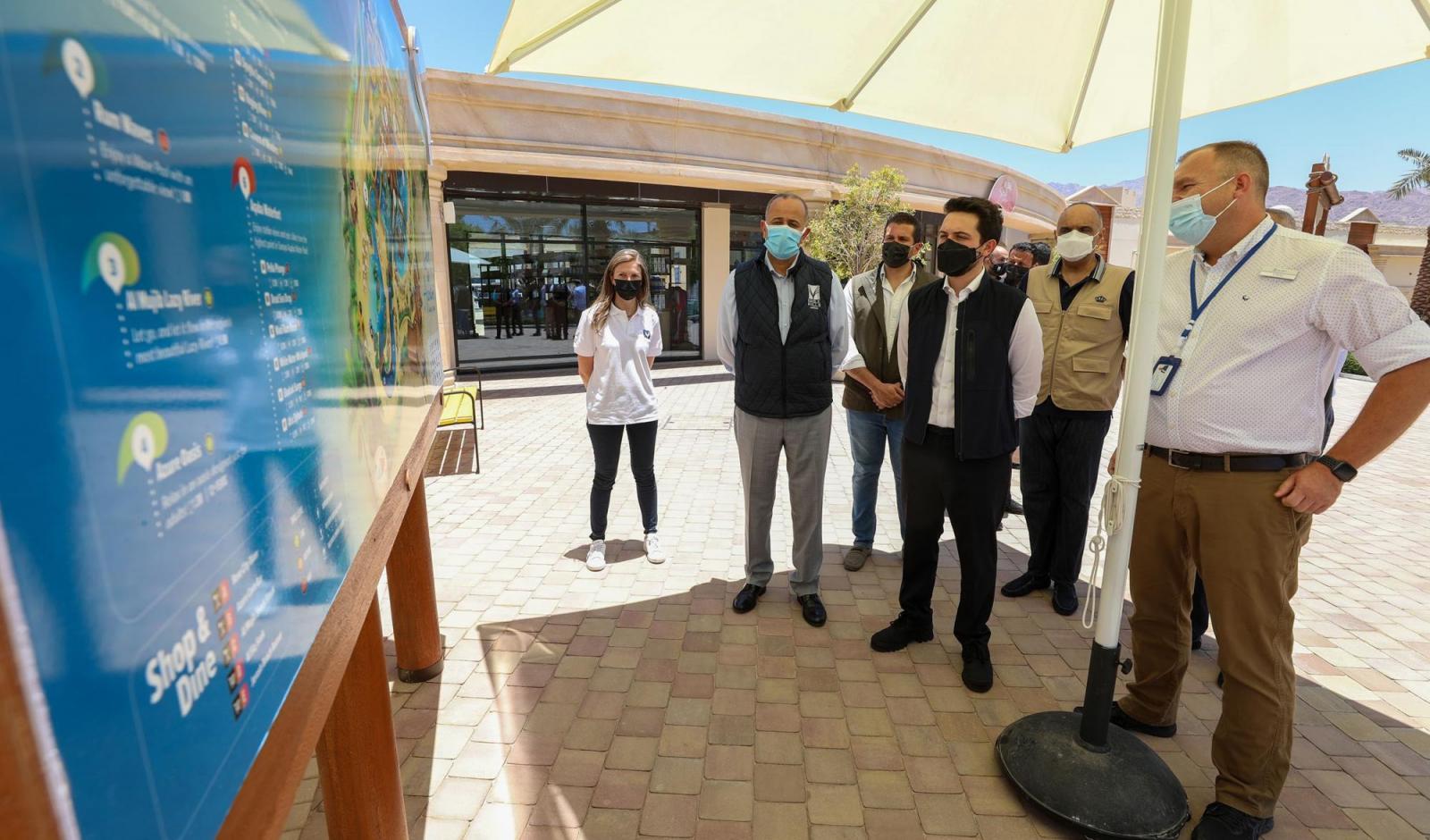 ولي العهد يزور مشروع سرايا العقبة أحد أكبر الاستثمارات السياحية في المدينة