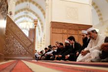 H.R.H Crown Prince Al Hussein Bin Abdullah with worshipers at Friday prayers 2013