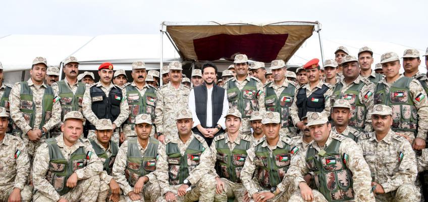 ولي العهد يتابع تمرينا عسكريا في المنطقة العسكرية الجنوبية