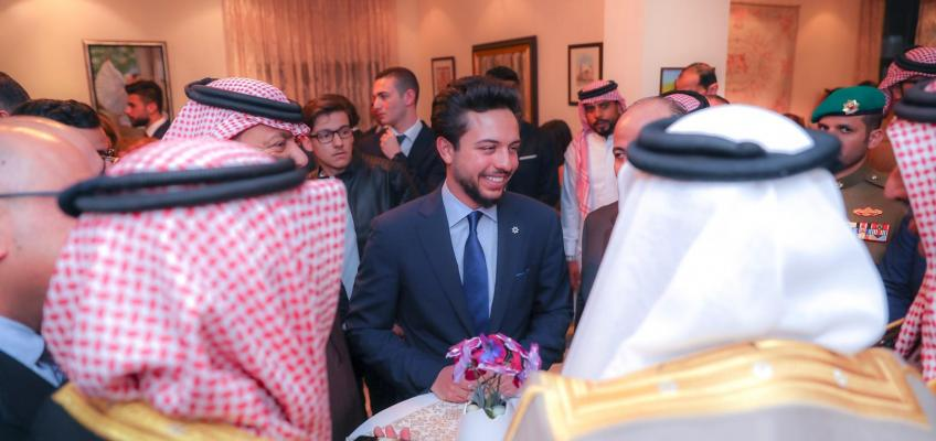 Crown Prince meets Jordanian community members in Bahrain, Haqiq Initiative youth