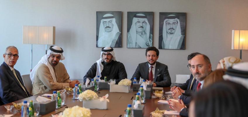 ولي العهد يزور مجلس التنمية الاقتصادية في المنامة