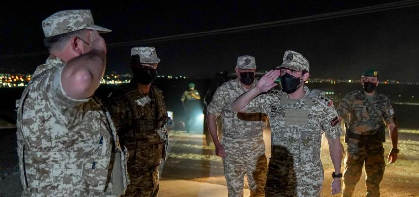 Deputising for King, Crown Prince attends night tactical exercise