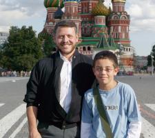 سمو الأمير الحسين بن عبدالله الثاني ولي العهد، برفقة جلالة الملك عبدالله الثاني في - موسكو- ٢٠٠٥